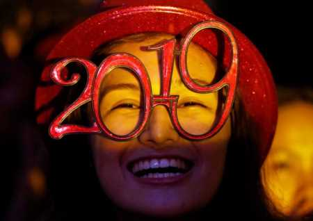 Happy New Year: Revelers welcome 2019 around the world