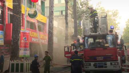 19 people rescued from hotel fire in Ho Chi Minh City