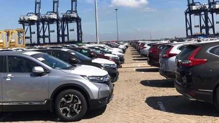 Car imports crawl into Vietnam in Q1: report