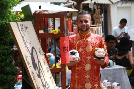 Foreigners embrace Vietnamese traditions of Tet