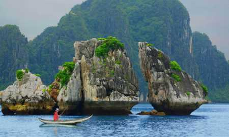 Lonely Planet names Ha Long Bay among best places to visit this year