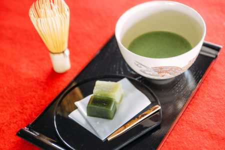 EXQUISITE JAPANESE TEA CEREMONY AT SORAE